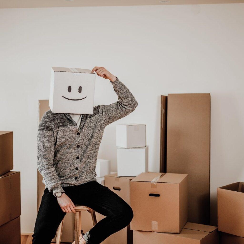 man ska flytta från lägenhet